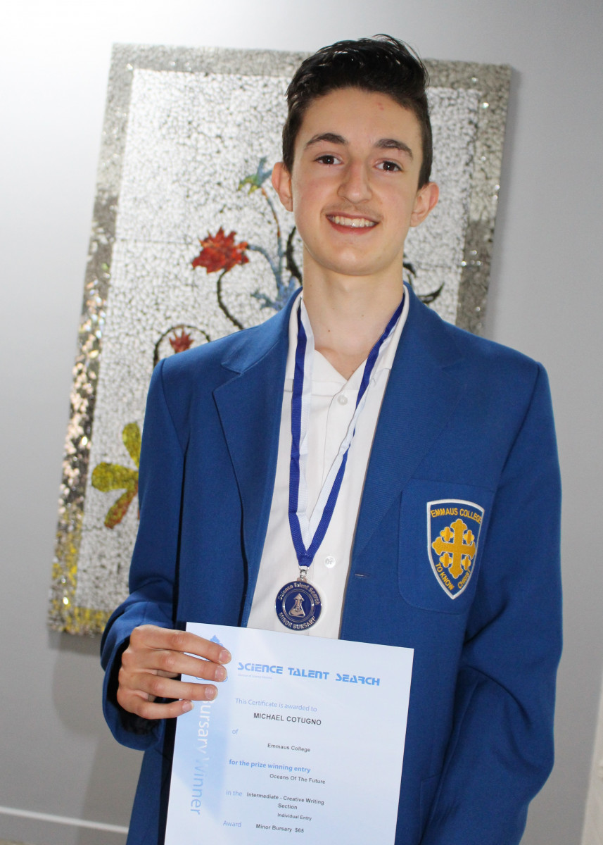 Student-bursary-winner